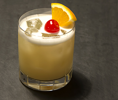 Put an egg on it: old school Whiskey Sour with Egg White – Blue ...